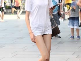 街拍:第一站见到侧颜如此完美身材的美女,秒杀杨幂!