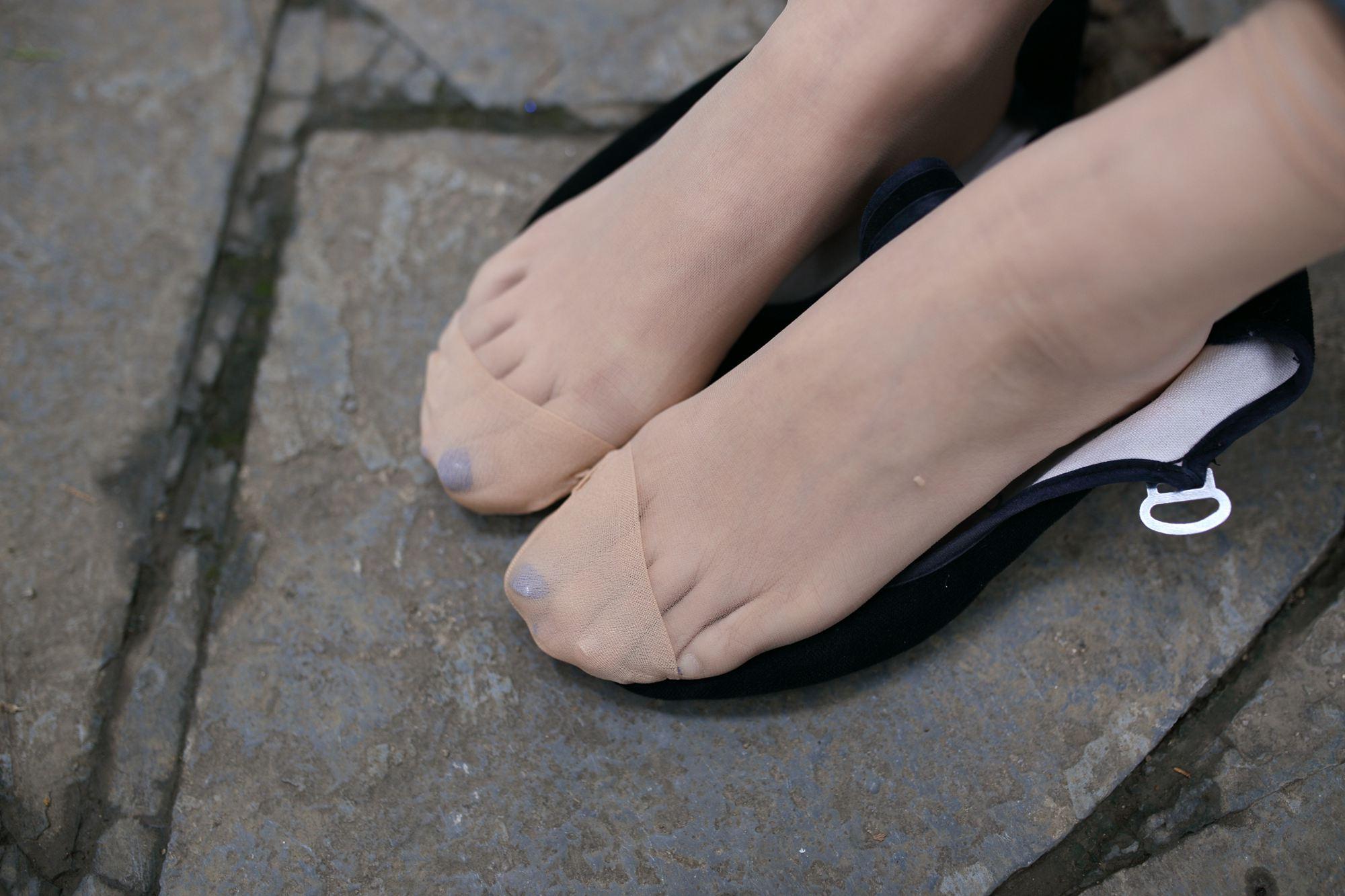 妍妍足语:为什么丝袜和高跟鞋让女人狂爱如命