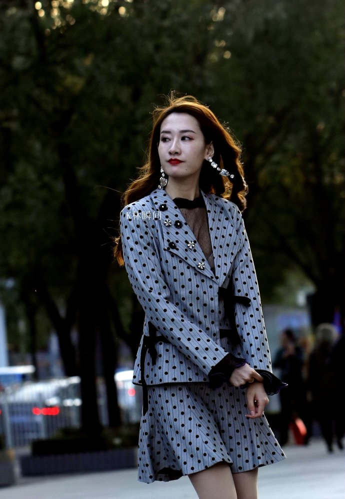 启明星原创街拍_街拍美女,三里屯街区今冬时尚潮健康