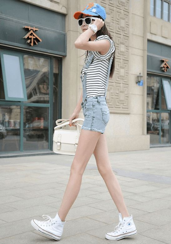 全民街拍美女:大长腿养眼美女,提高你的品味